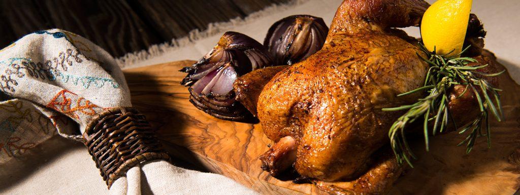 מתכון למעשנת בשר, מתכון לעוף, אתגר העוף - טרייגר גריל,Traeger Grills מעשנת בשר, שבבי עץ לעישון, גריל בשר וטאבון