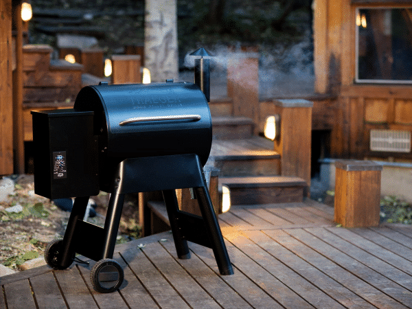 מעשנת בשר וגריל בשר דגם פרו 22 - טרייגר גריל מעשנה ושבבי עץ לעישון