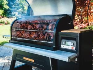 מעשנת בשר וגריל בשר דגם טימברליין 1300 - טרייגר גריל