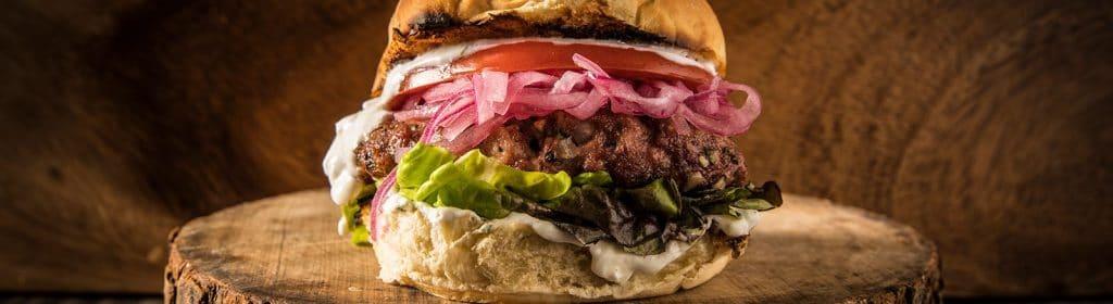 מתכון למעשנת בשר, המבורגר טלה – טרייגר, גריל, מעשנת פלט וכלים למנגל