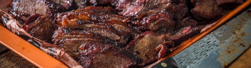 מתכון למעשנת בשר, מתכוני בשר, לחי בקר – Traeger מעשנה, שבבי עץ לעישון, כלים למנגל ואביזרים למנגל