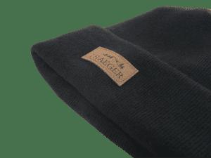 כובע גרב שחור עם לוגו של טרייגר - Traeger Grills, מעשנת בשר, טאבון, שבבי עץ לעישון, ערכת מנגל, כיסוי למנגל ואביזרים למנגל