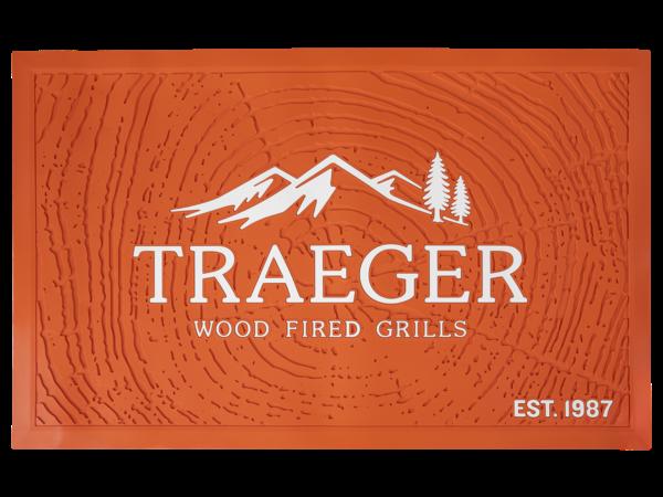 שטיח מתחת למנגל - Traeger Grills מעשנות בשר, אביזרים למנגל ושבבי עץ לעישון