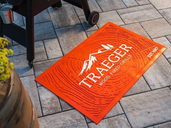 שטיח מתחת למנגל - Traeger Grills